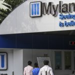 Mylan quarterly profit, 2019 forecast miss Wall Street estimates — stock tanks