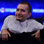 First man to sign up for head transplant bows out, but surgeon insists list of volunteers is still 'quite long'